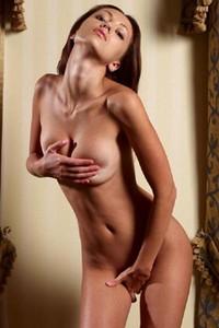 Model Anna S in Draperies