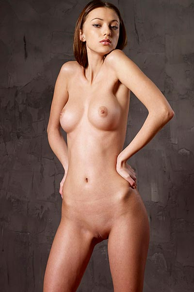 Model Anna S in Body Sculpting