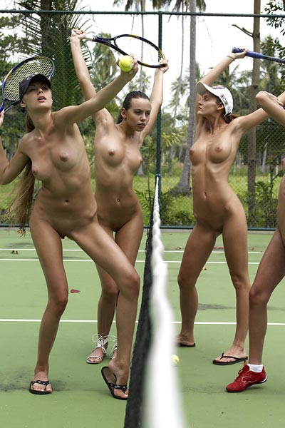 Model Anna S in Nude Wimbledon