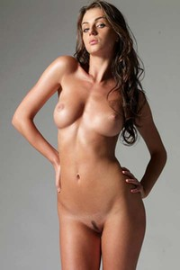 Model Jula in Nudes
