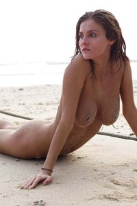 Model Linda L in Sandy