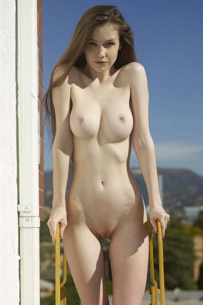 Model Emily in Naked in Los Angeles