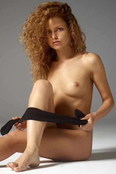 Model Julia in Getting Naked