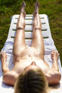 Model Francy in Sun Worship
