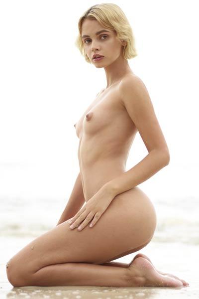 Model Ariel in Stranded Angel