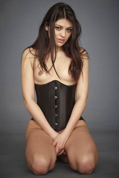 Model Lidia in Lovable