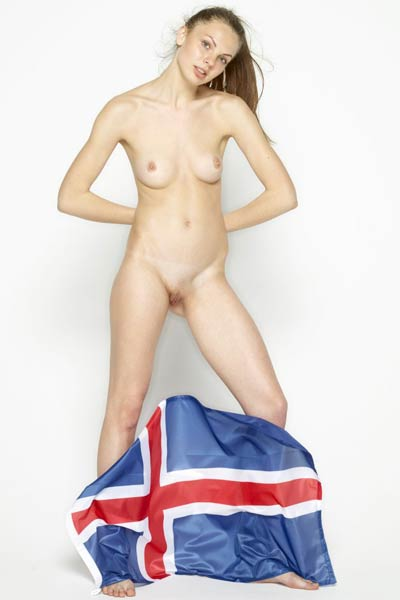 Model Cindy in Iceland Ties With Argentina