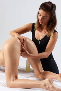 Model Veronika V in G spot massage