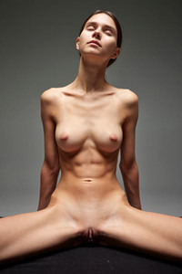 Model Leona in Naked Massage Art