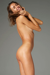 Model Alya in Nude Elegance