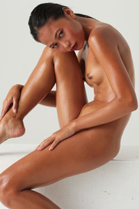 Model Hiromi in Asian aphrodisiacal