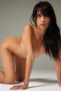 Model Jessa in Perfect Posing
