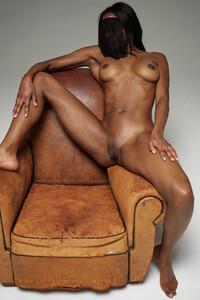 Model Ombeline in Erotic art